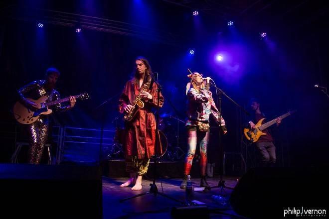 Elysian Original Band Glastonbudget Tribute Band Music Festival pic 10