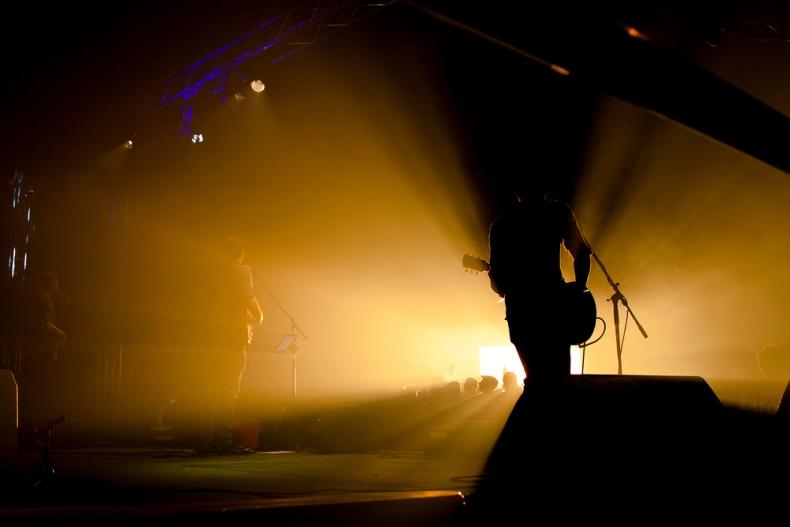 Kins Of Leon Kings of leon Tribute Glastonbudget Tribute Band Festival 2015 logo