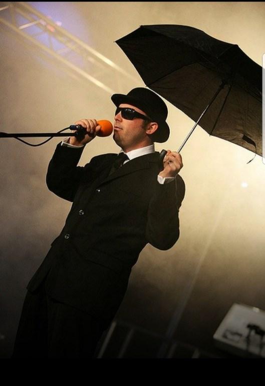Alternative - Pet Shop Boys Tribute Band Glastonbudget Music Festival pic1