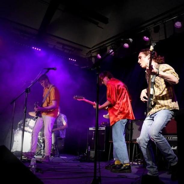 pic Boats On The Ocean Original Band Glastonbudget Tribute Band Music Festival pic